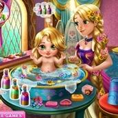 Игра Купание дочери принцессы Рапунцель
