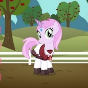 Игра Пони одевалка