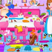 Игра София прекрасная наводит порядки в спальне