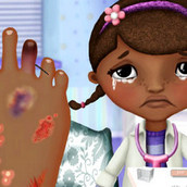 Игра Доктор Плюшева: лечение ноги