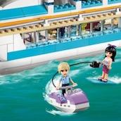 Игра Водные Лыжи: Лего Френдс